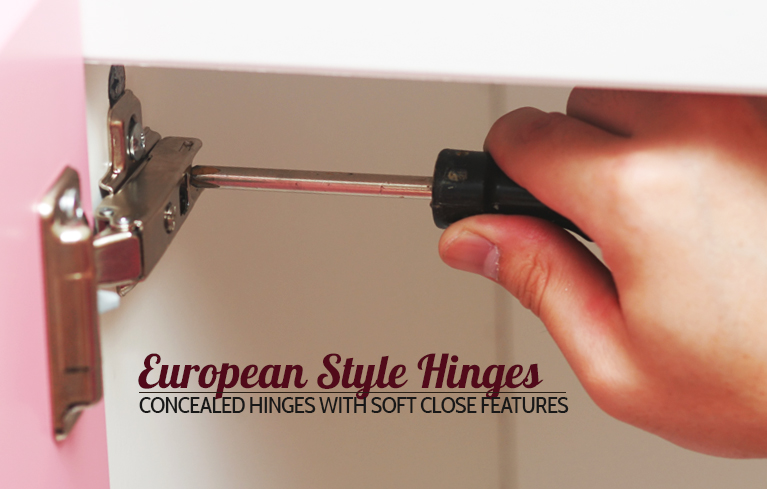 CabinetCorp cabinet doors come with European style hinges.
