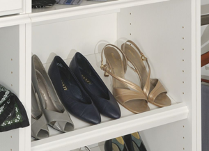 Tiltable Shoe Shelves