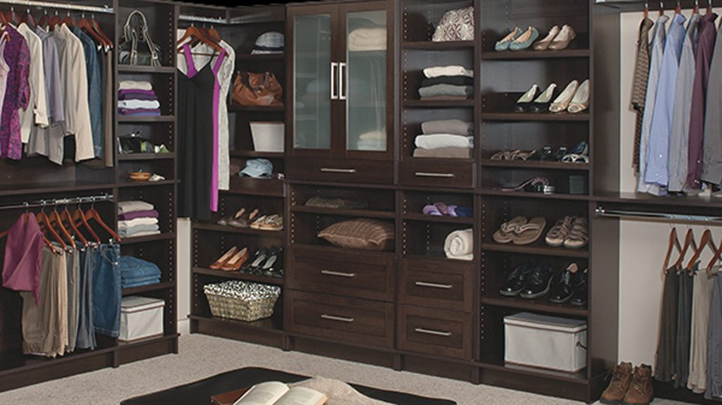 Dressing Closet