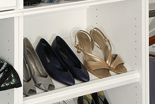 Tiltable Shoe Shelves