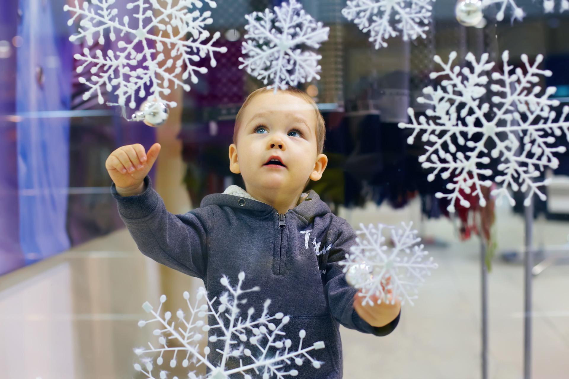 Snowflakes-cabinetcorp