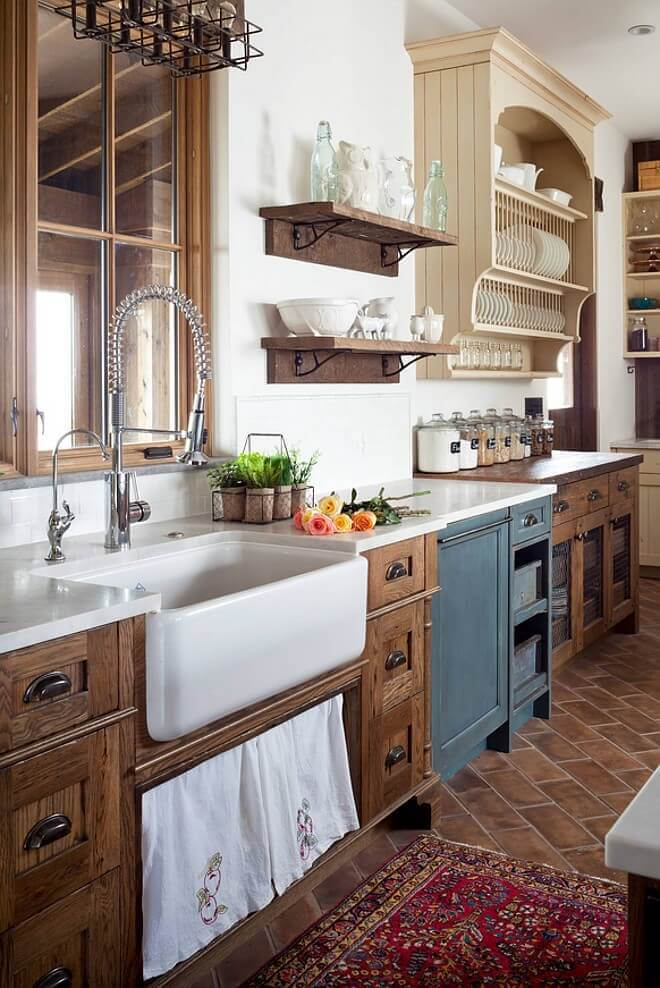 Wood and antique-white farmhouse kitchen cabinet ideas